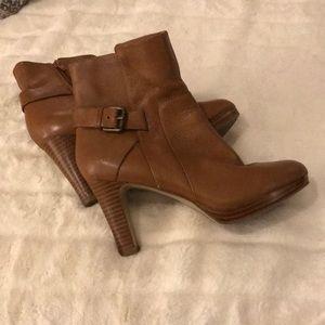 EUC Nine West ankle boots